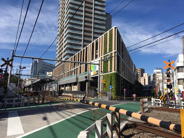 大泉学園駅の電車の写真